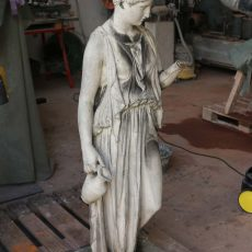 Frauenfigur